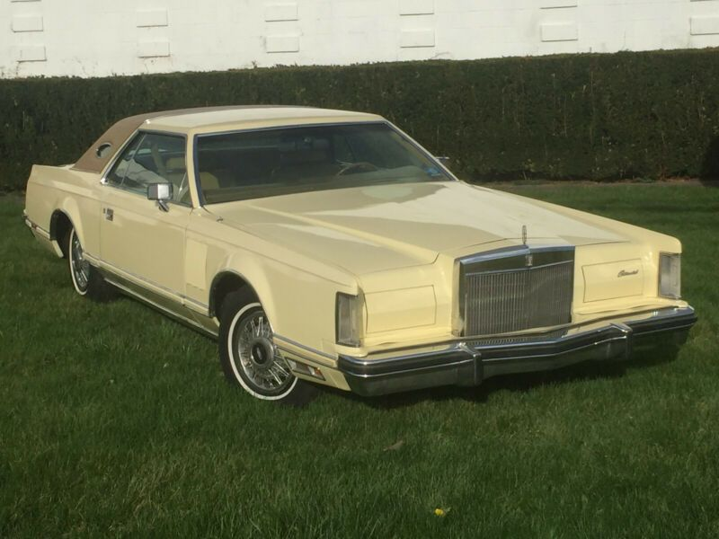 7Y89A835083-1977-lincoln-mark-series-0
