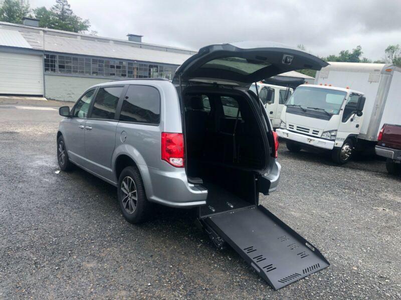 2C4RDGEG8KR622056-2019-dodge-grand-caravan