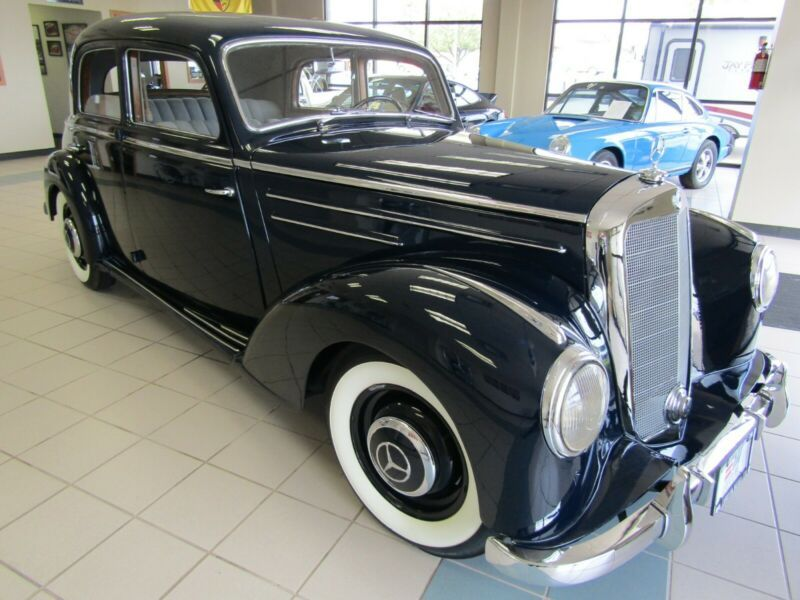 2201870110186252-1952-mercedes-benz-200-series