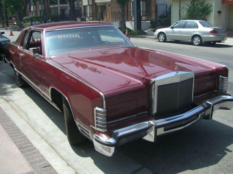 9481S659497-1979-lincoln-town-car
