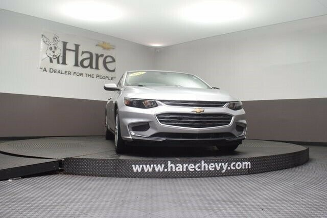 1G1ZE5ST1HF135907-2017-chevrolet-other
