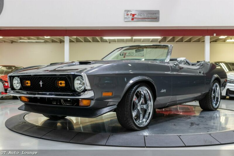 IF03L212635-1971-ford-mustang