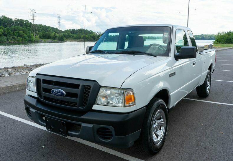 1FTKR1EE6BPA79726-2011-ford-ranger