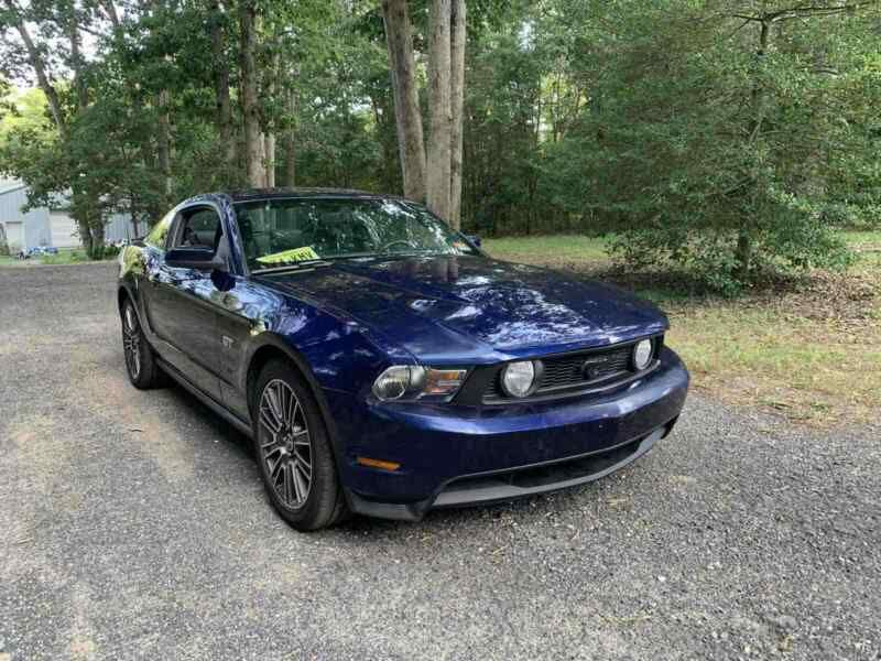 1ZVBP8CH4A5101726-2010-ford-mustang-1