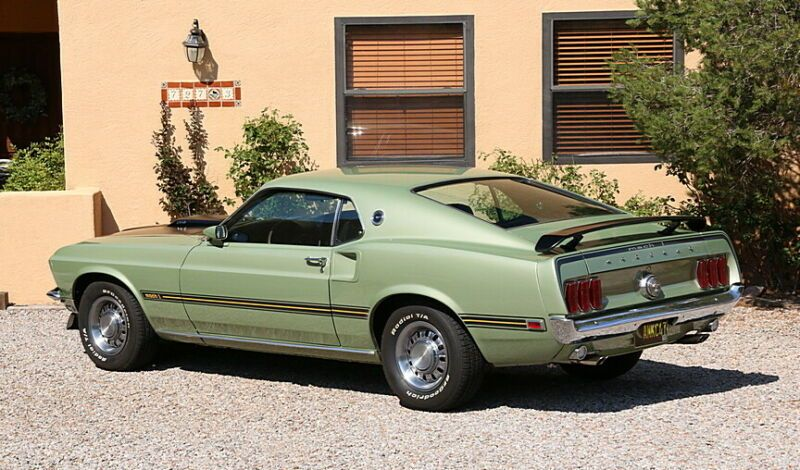 9F02H157000-1969-ford-mustang
