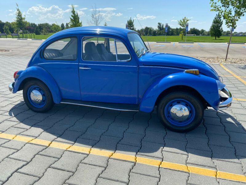 1122170651-1972-volkswagen-beetle-classic