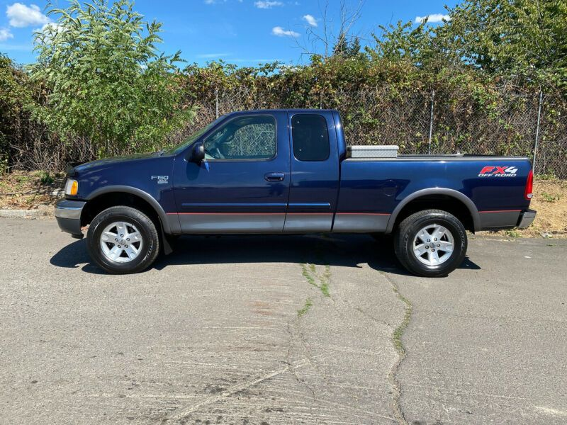 1FTRX18L82NA38265-2002-ford-f-150