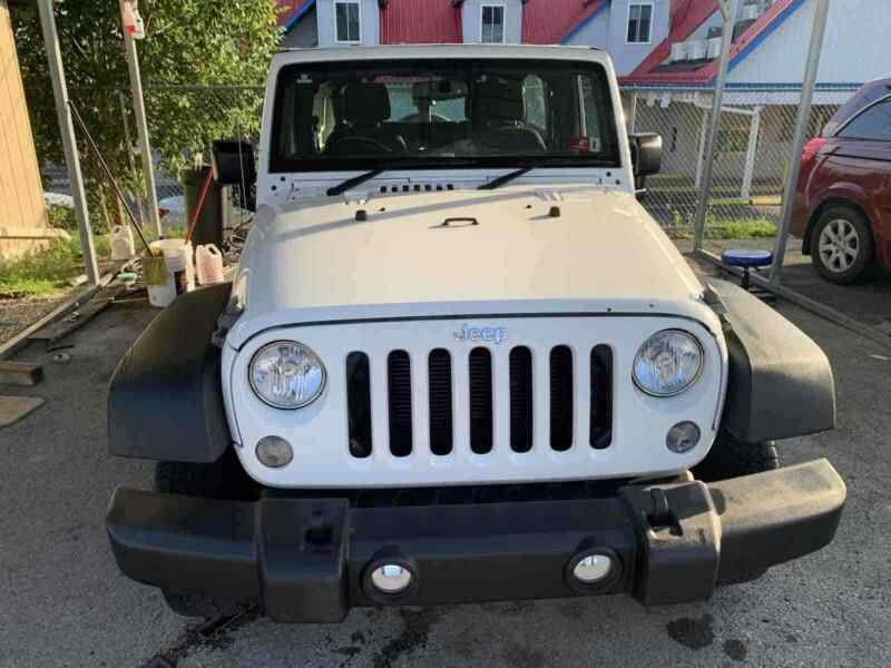 1C4BJWKG9GL105440-2016-jeep-wrangler