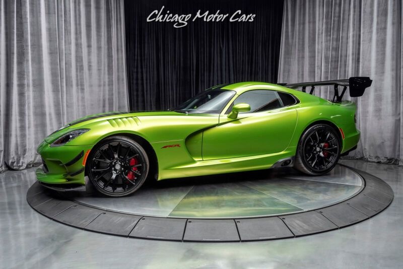 1C3BDEDZXHV500186-2017-dodge-acr-extreme-aero-snakeskin-edition-pkg-only-8