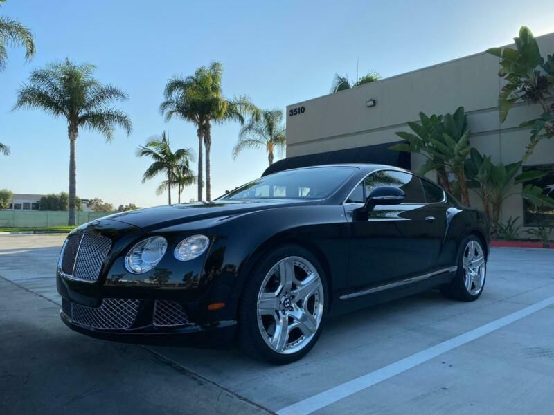 SCBFR7ZA8CC074227-2012-bentley-continental-gt