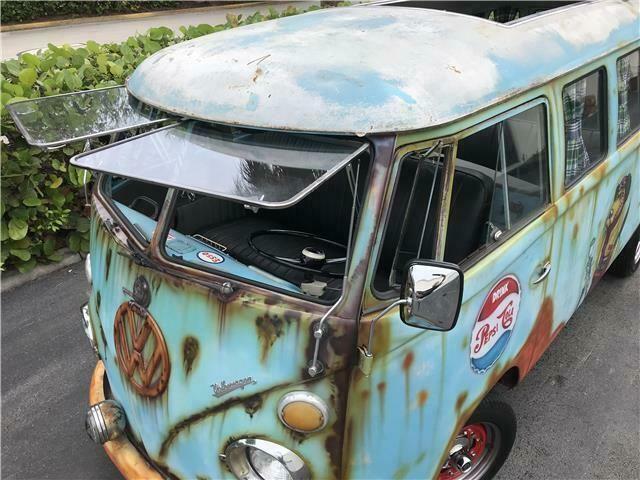 BH215124-1970-volkswagen-busvanagon