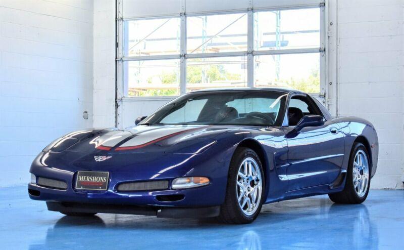1G1YY12S145120553-2004-chevrolet-corvette