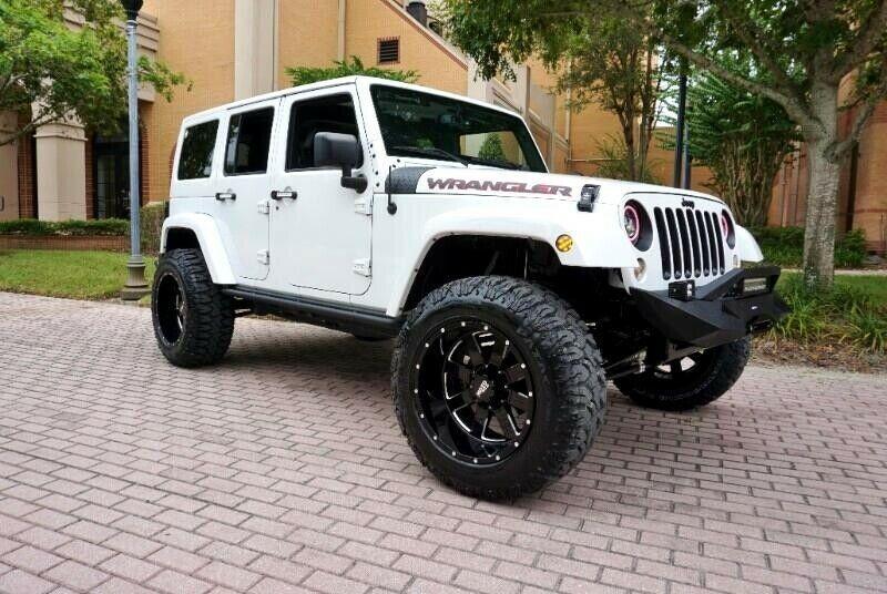1C4BJWEG5HL603311-2017-jeep-wrangler-unlimited