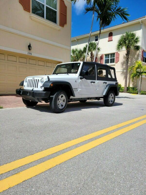 1C4BJWDG0FL734158-2015-jeep-wrangler