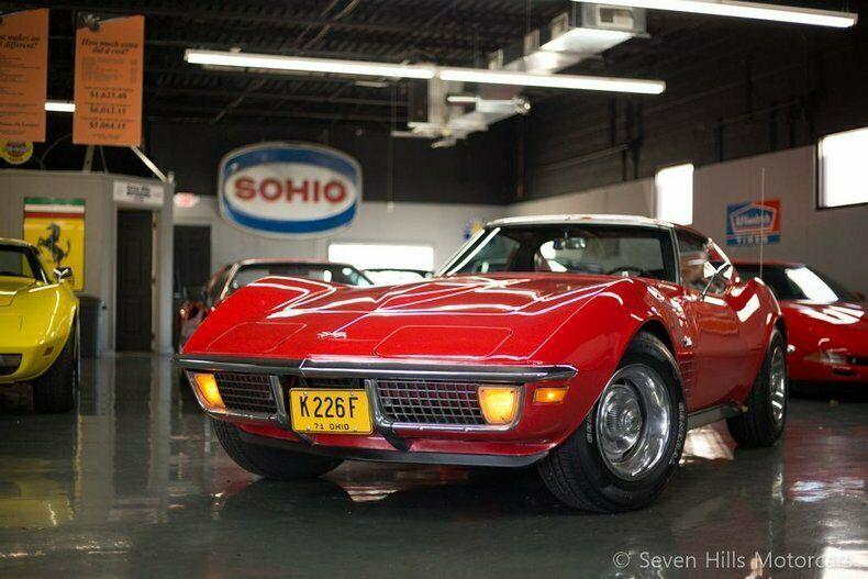 194371S103109-1971-chevrolet-corvette-0