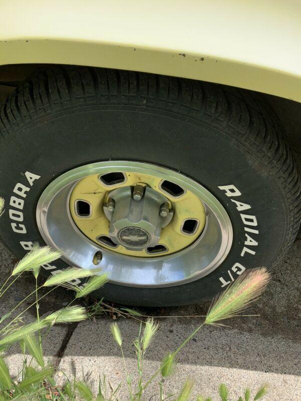 1Q87L9L555766-1979-chevrolet-camaro