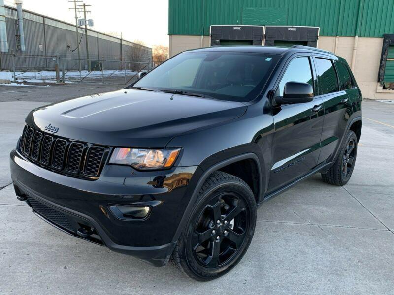 1C4RJFAG1JC422877-2018-jeep-grand-cherokee