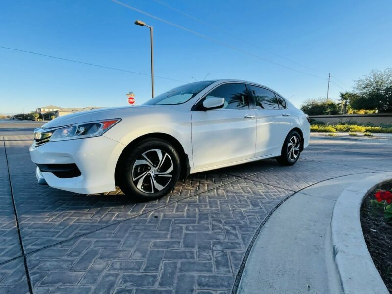1HGCR2F39HA146789-2017-honda-accord