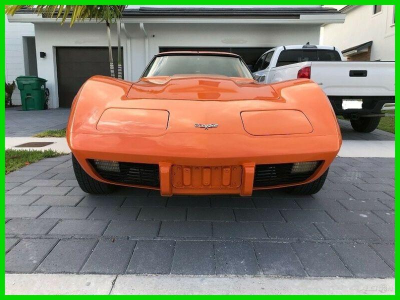 8800054-1977-chevrolet-corvette