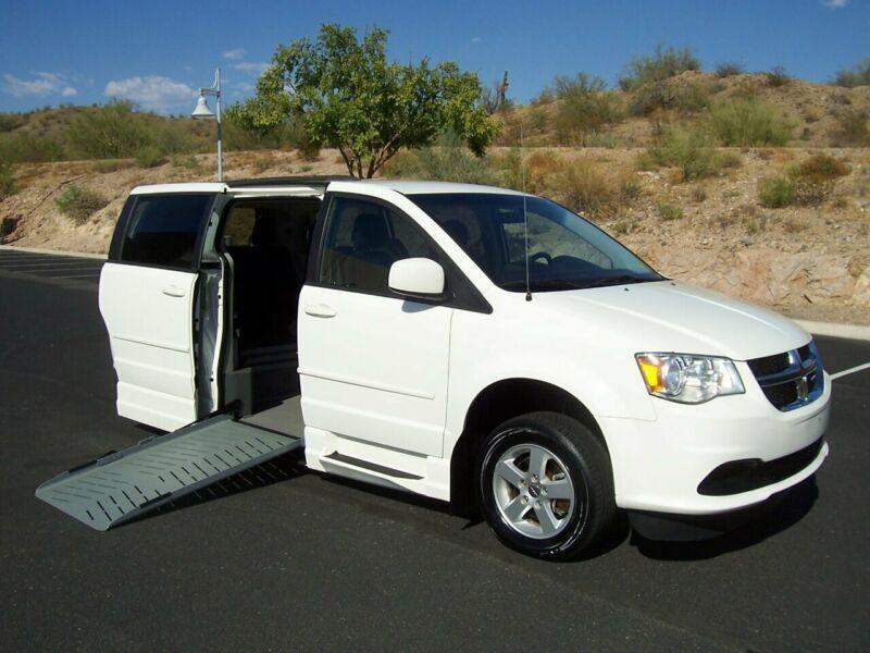 2C4RDGCG1CR242674-2012-dodge-grand-caravan